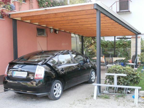 Avtomobilski nadstrešek